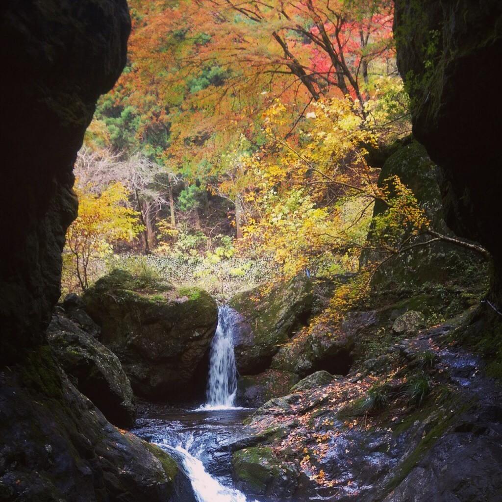 神戸岩巡りの滝
